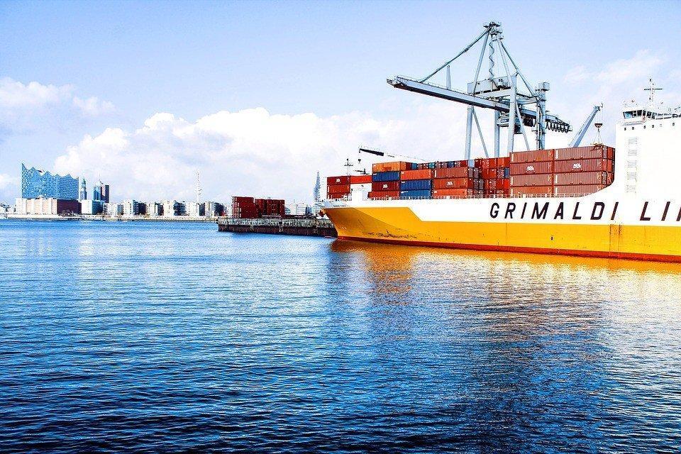 Frete internacional marítimo